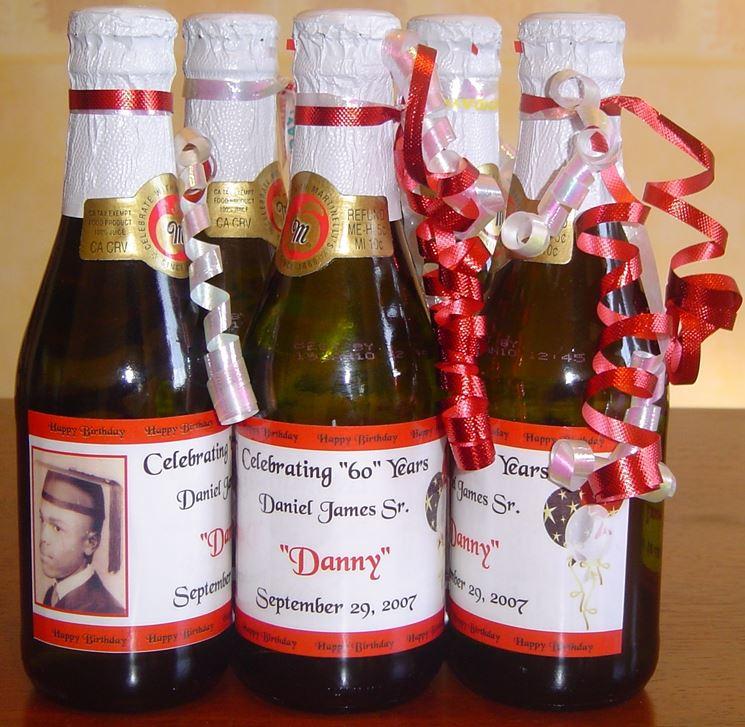 Bottiglie personalizzate con scritte