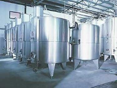 Vasche di fermentazione in acciaio chiuse