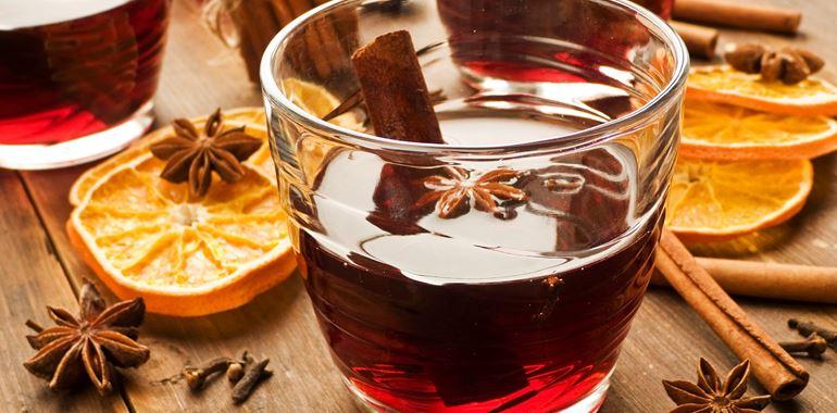 <h6>Ricetta vin brule </h6>La bevanda perfetta per combattere il freddo: non � Natale senza una tazza fumante di vin brul�, scoprite come prepararlo anche a casa vostra