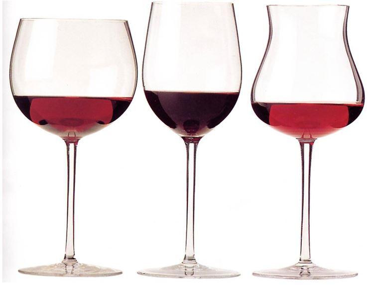 Alcuni calici per il vino