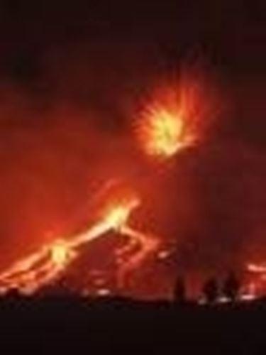 L'Etna in una delle sue eruzioni